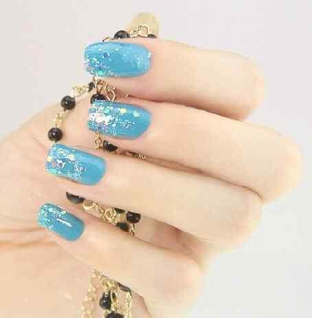 Unas celeste  - light blue nails (39)