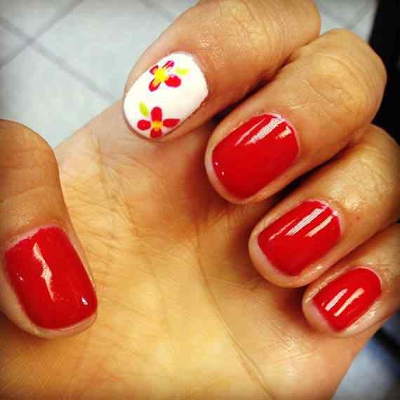 Fotos de  Uñas color rojo - red nails art  photos