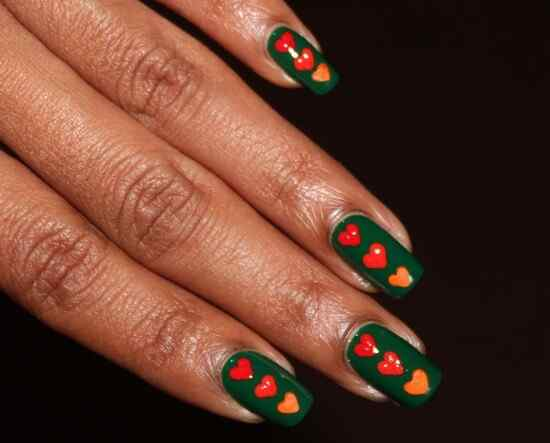 Green nails photos (21)