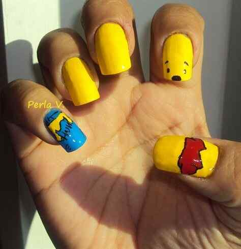 Yellow Nails - Unas amarillas (26)