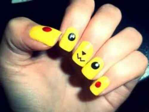 Yellow Nails - Unas amarillas (50)