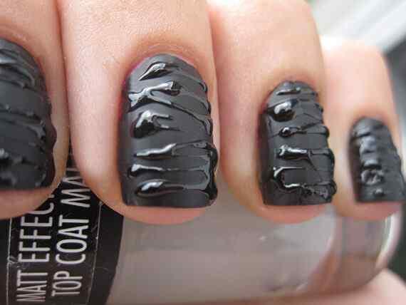Uñas negras - Black nails