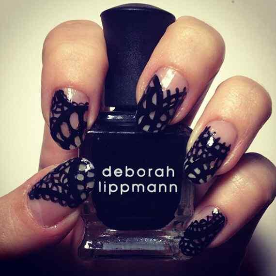 black nails (2)