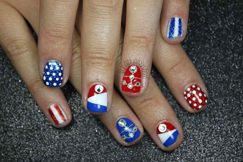 4TH-of-july-nails-(7)