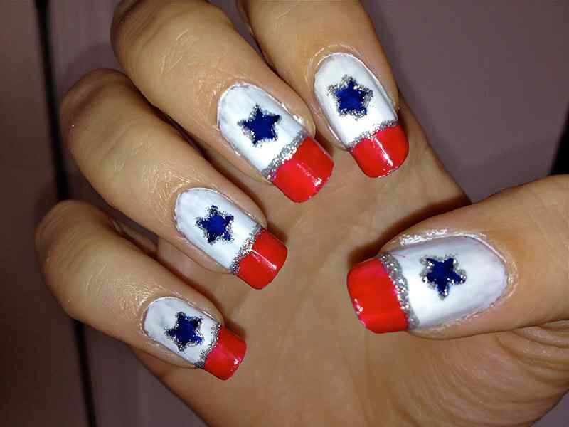 Fourth-of-July-Nails-(7)