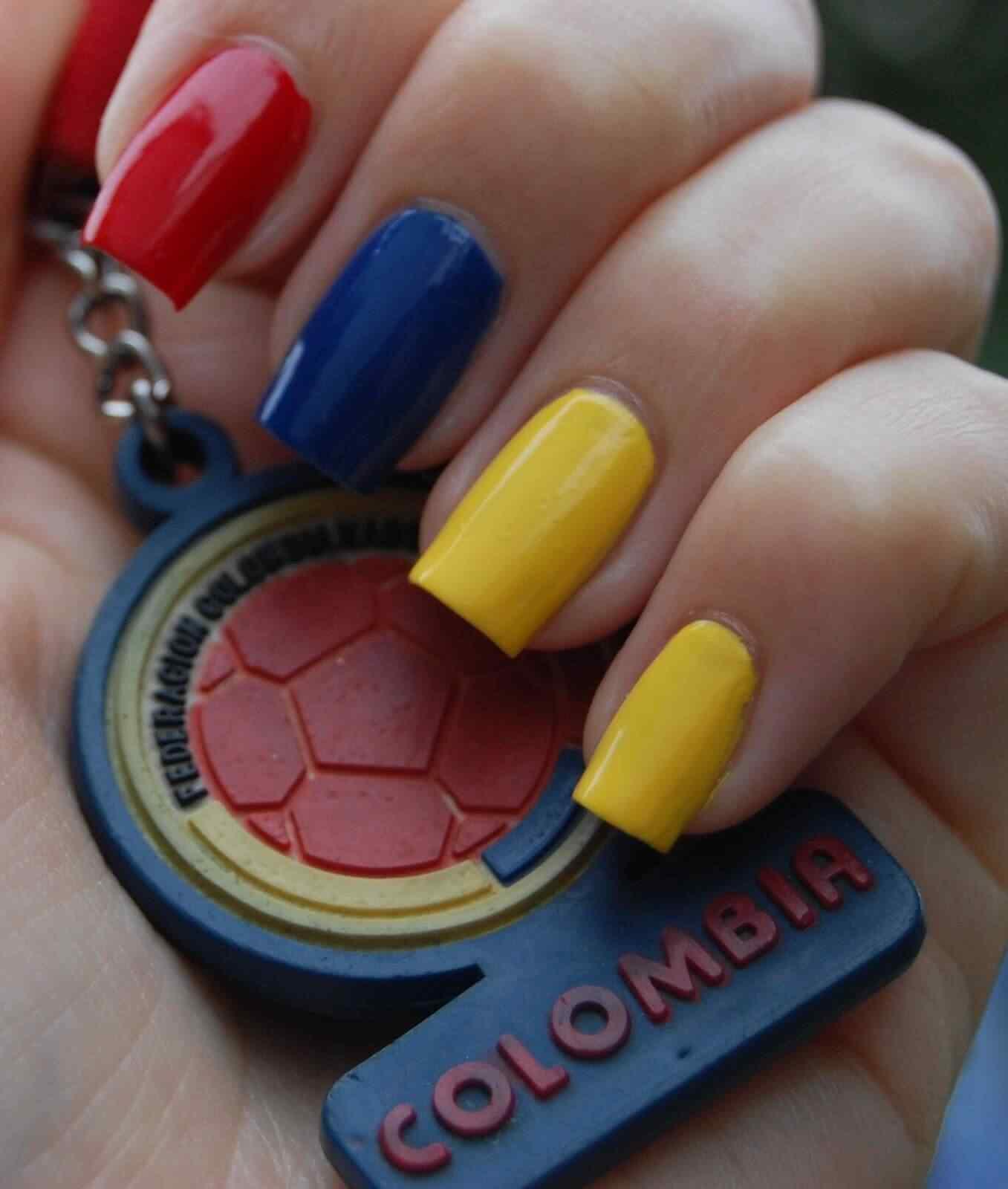 unas decoradas bandera de colombia (3)