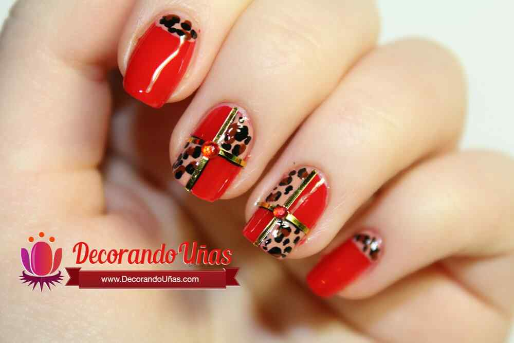 unas-decoradas-con-animal-print