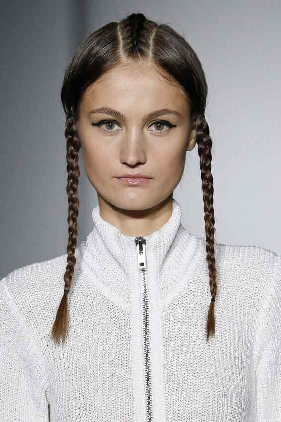 Maria-ke-Fisherman-hairstyle