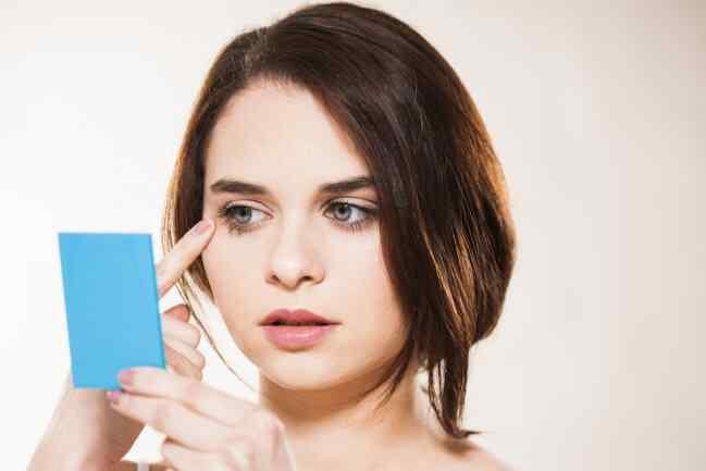 5-trucos-basicos-de-maquillaje-de-ojos-que-todas-deberiamos-conocer6