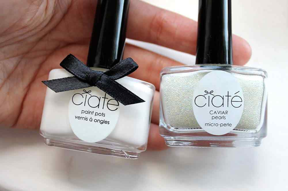 Caviar-manicure-Mother-of-Pearl