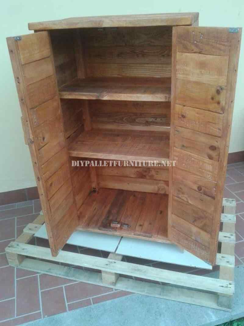 armario mueble con palet