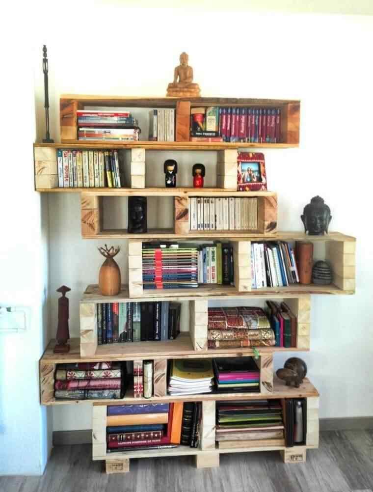 biblioteca con palets