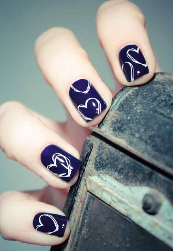 Fuente: http://www.cuded.com/2014/11/70-heart-nail-designs/