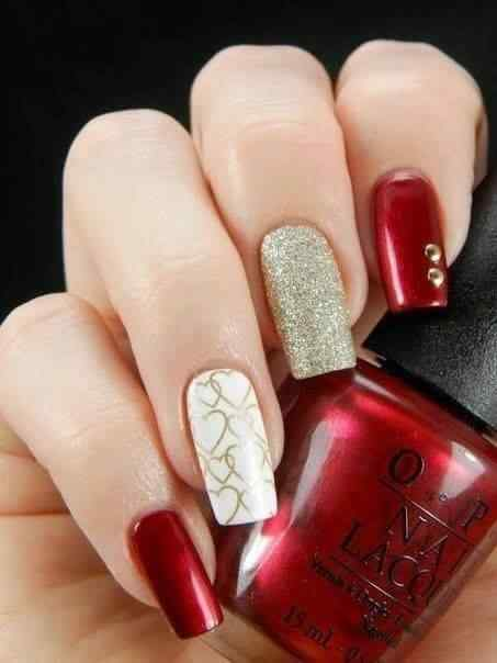 unas pintadas rojo y dorado (5)