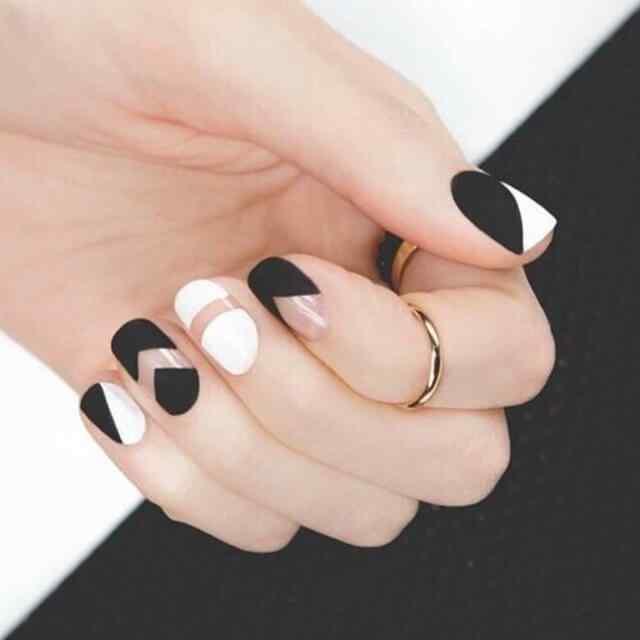 uñas decoradas color blanco