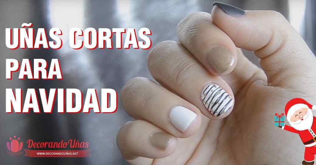 Diseño de uñas cortas para navidad