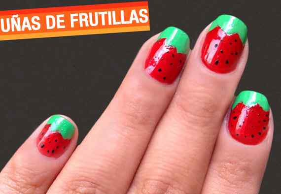 pintar uñas con fresas o frutillas