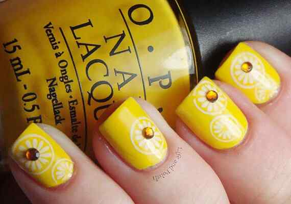 Yellow Nails - Unas amarillas (23)