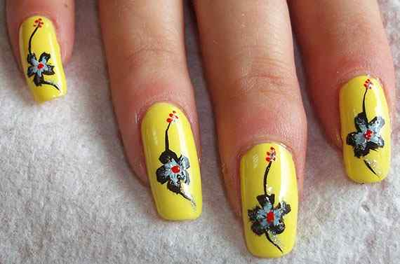 Yellow Nails - Unas amarillas (24)
