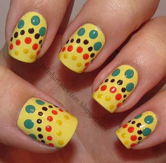 Yellow Nails - Unas amarillas (27)