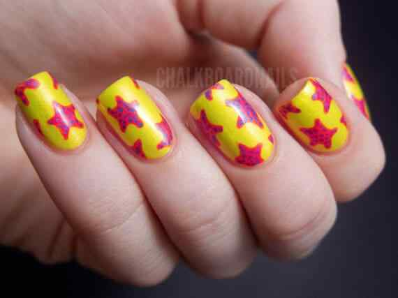 Yellow Nails - Unas amarillas (28)