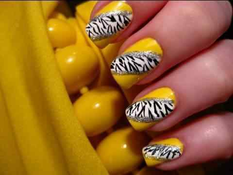 Yellow Nails - Unas amarillas (43)