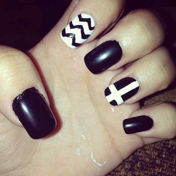 black-nails