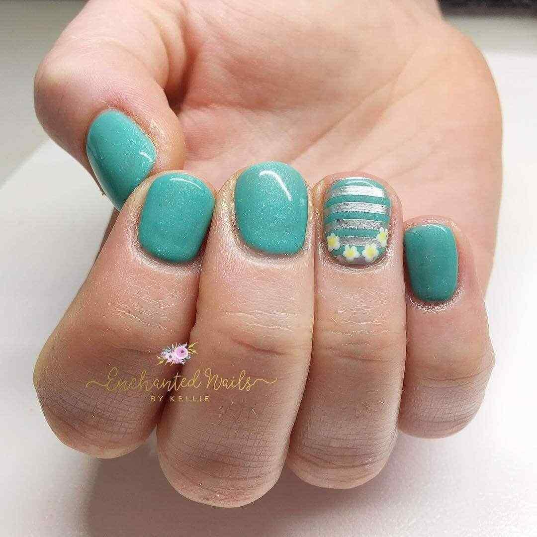 decoracion de uñas verdes (1)