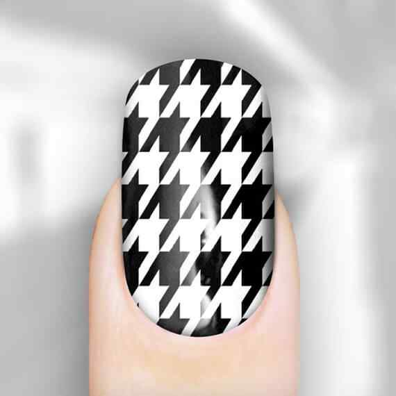 houndstooth_black_nail_blkhnd101