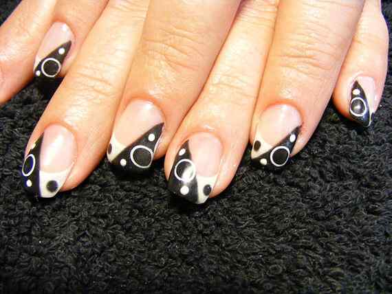 nail-art-designs-black-and-white-french-nails-art-with-cute-sphere-pattern-black-and-white-nail-art