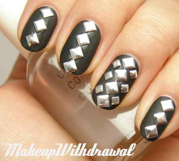 silver-studded-black-nails