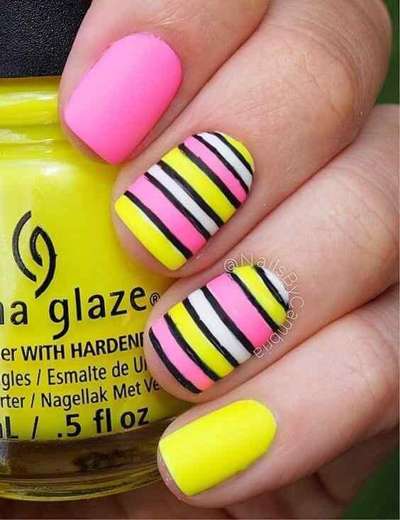 uñas amarillas con rosa simples