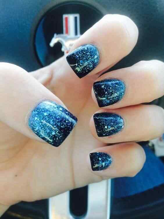 uñas azules galaxia