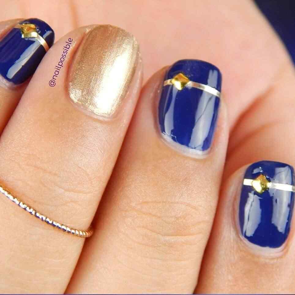 uñas azules para fiestas