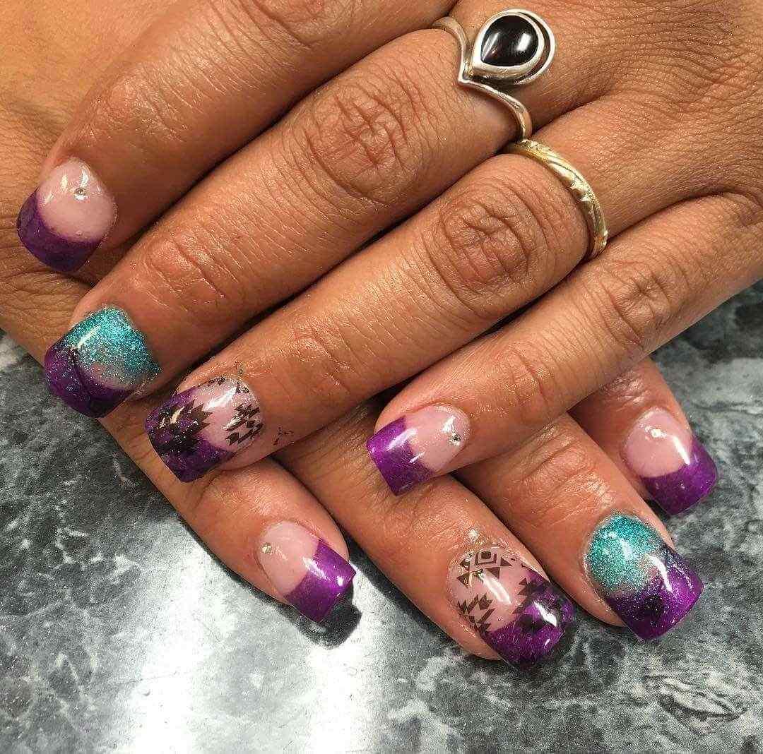 decoracion de uñas purpura