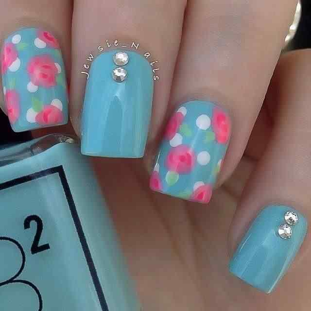 pintar unas con flores (15)