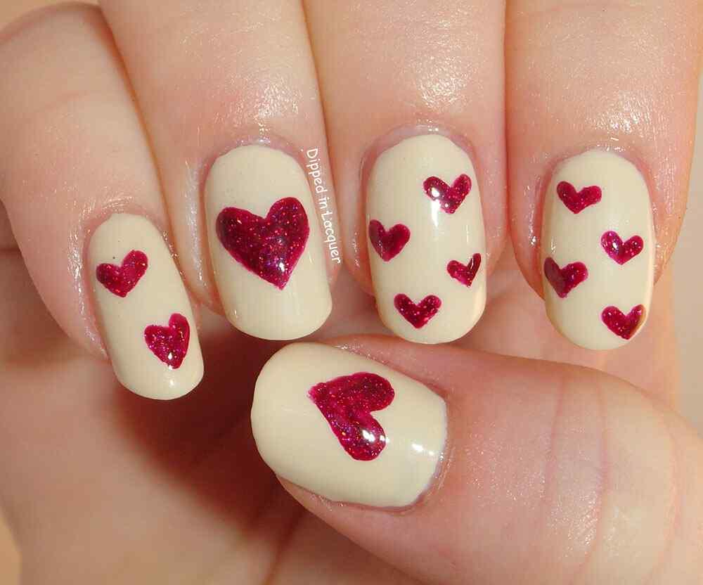 unas con corazones (14)