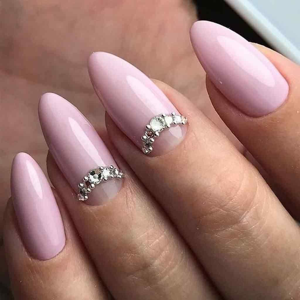 uñas para novia con pedreria