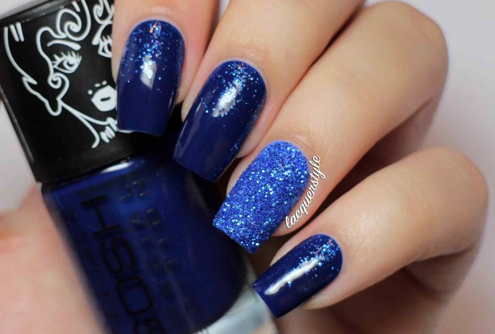 pintar unas color azul (6)