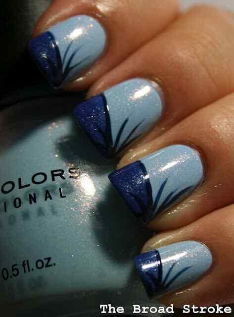 unas de color azul (2)
