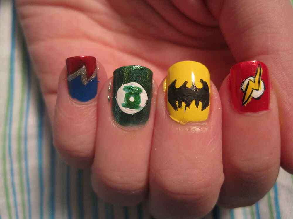 nails superheroe