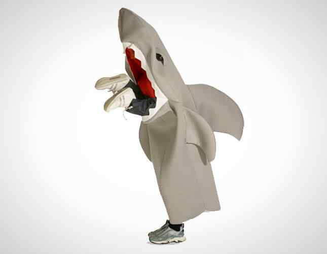 12-Shark-halloween-costumes