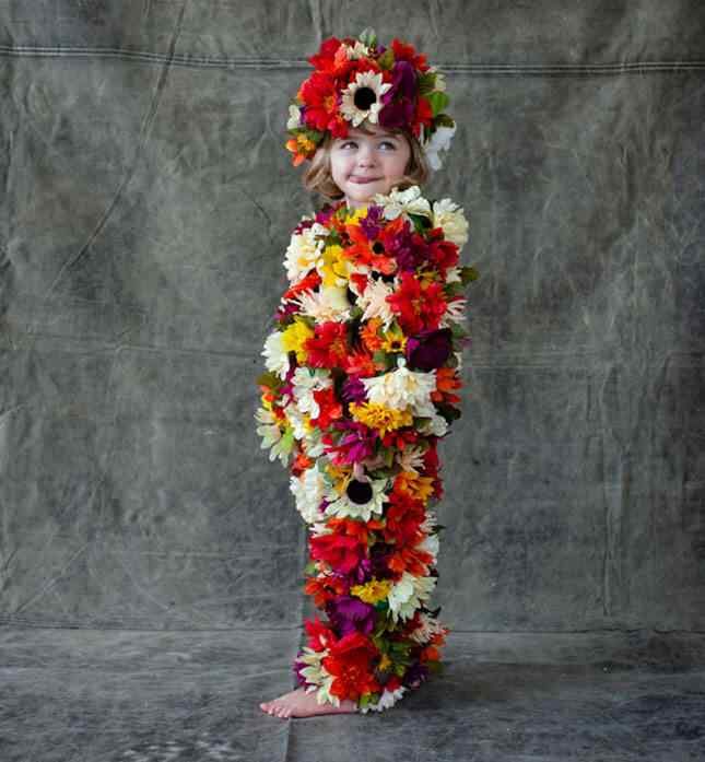 2-Flowers-halloween-costumes