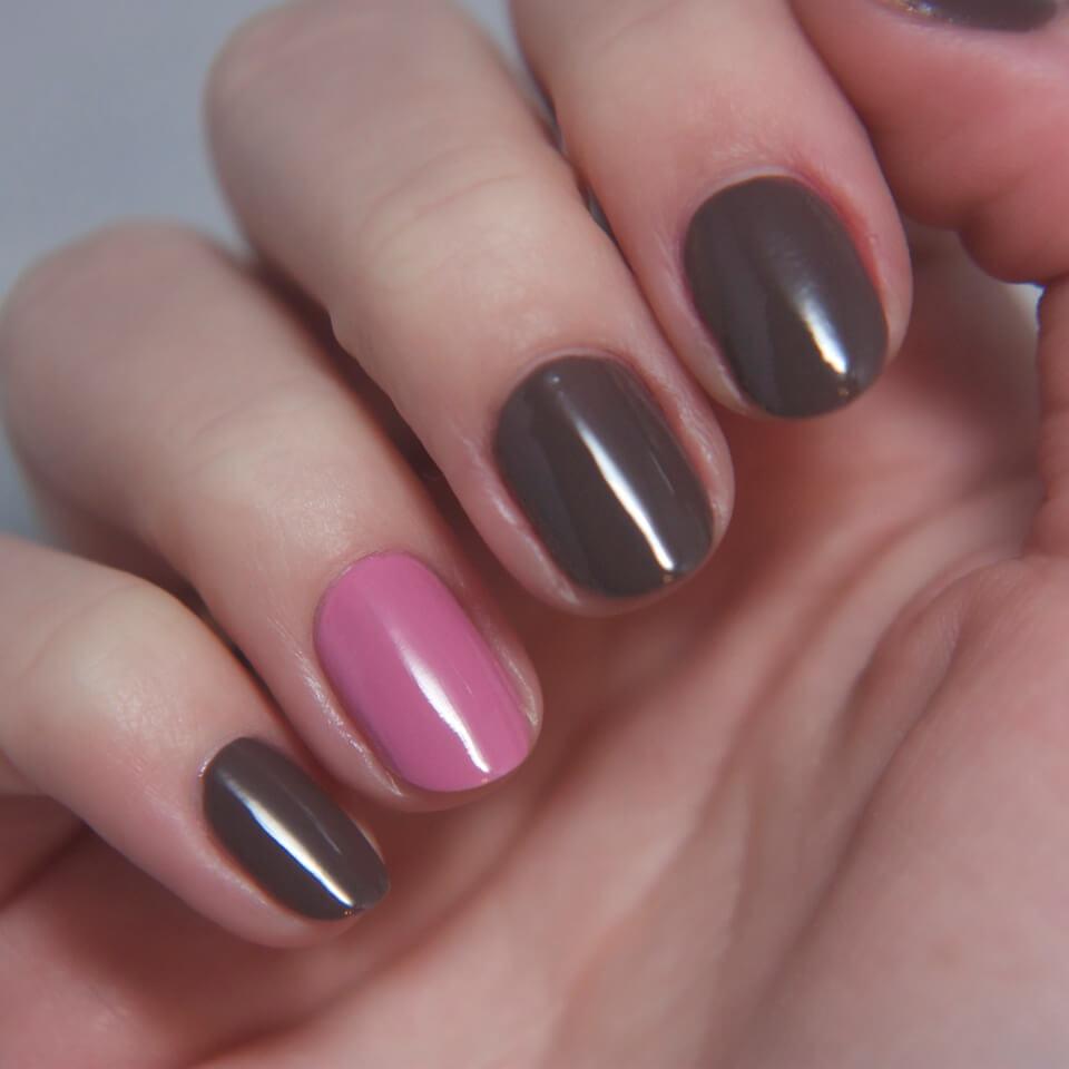 Brown nails (1)