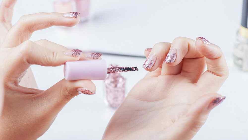 Como hacer tu misma una manicura perfecta