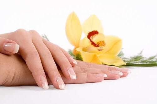 Remedios caseros para fortalecer las uñas frágiles y débiles-