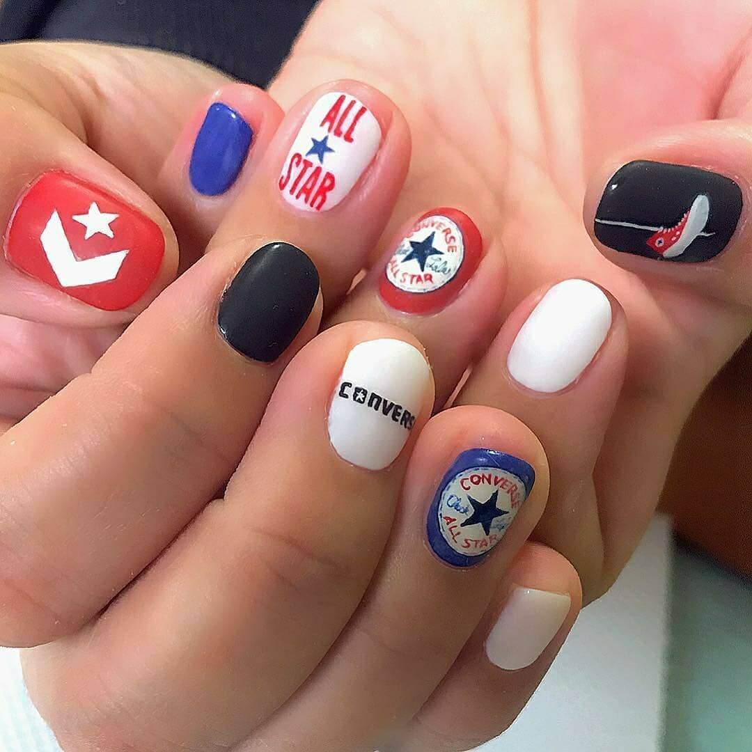 diseño de uñas converse