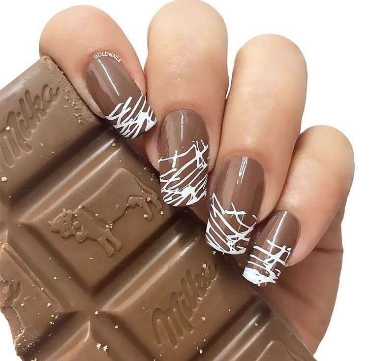 uñas decoradas chocolate
