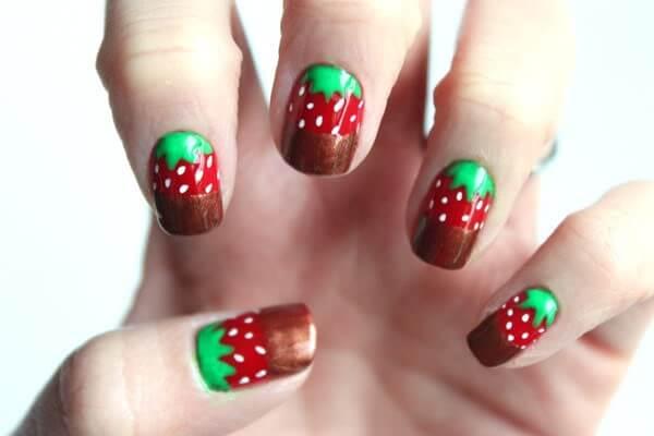 U as decoradas con fresitas u as decoradas nail art for Decoracion de u 0s9as paso a paso