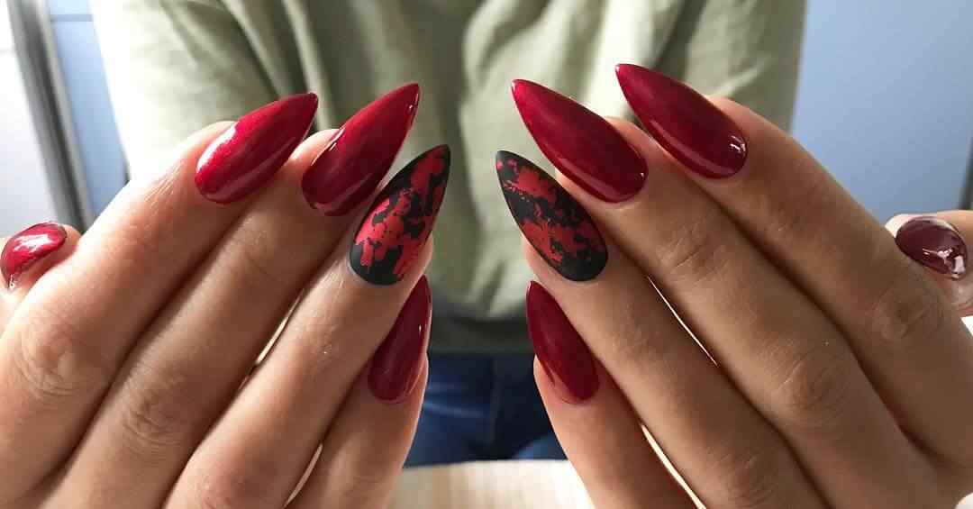 uñas de navidad rojas